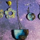 Cool Resin Jewelry (earrings & necklace) | Lifestyle Arts & Crafts Online Course by Udemy